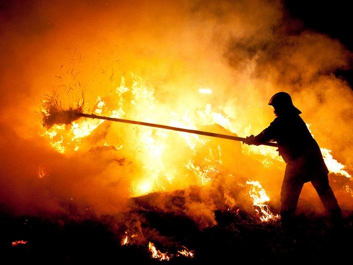 Pożar słomy w Raszowej